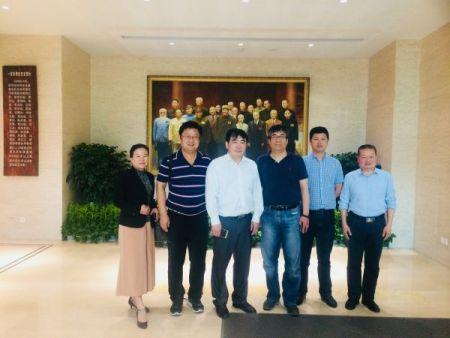 张怀科副主委率团出席上海民建浦江论坛